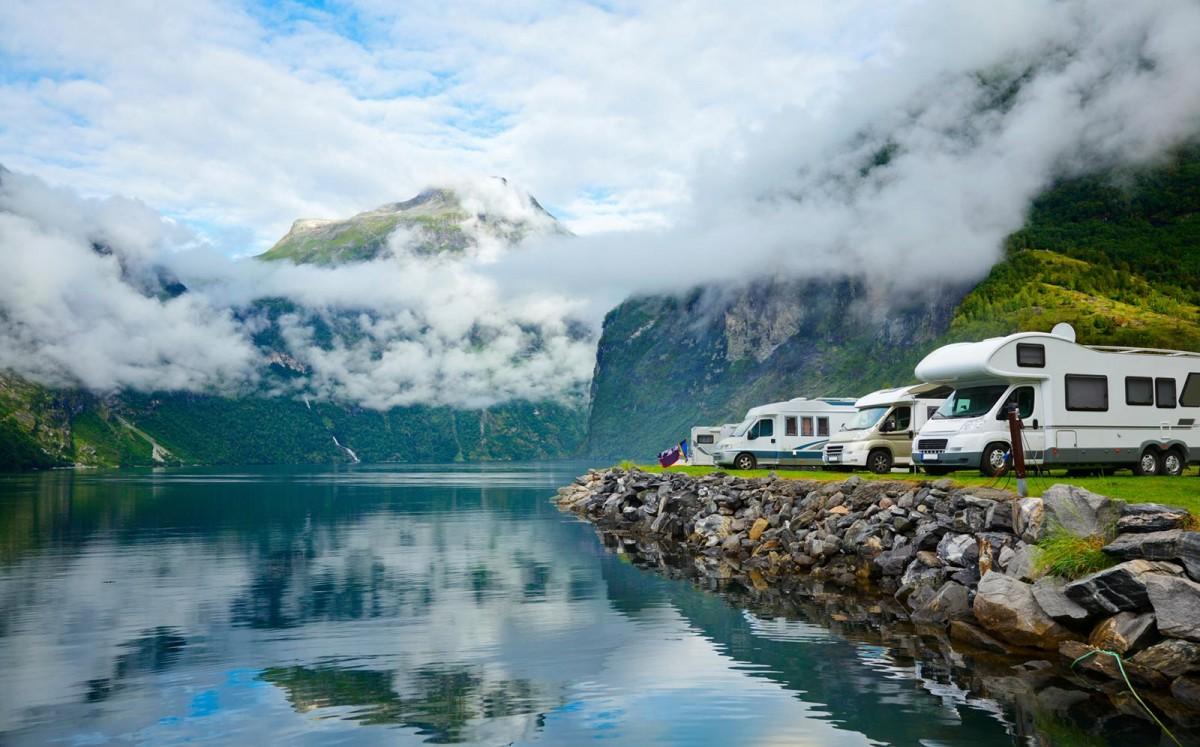 In camper tra i fiordi norvegesi